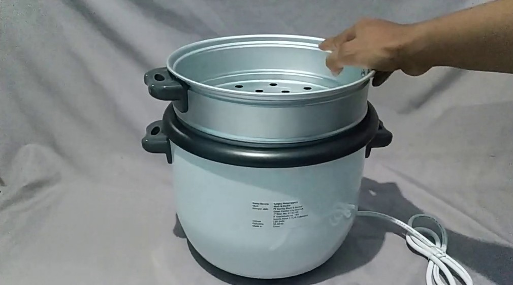How to Use a Black and Decker Rice Cooker