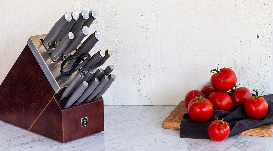 How Does a Self-Sharpening Knife Work?